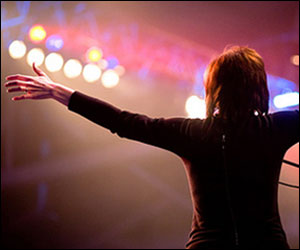 Quiz: Which Female Worship Leader Are You?