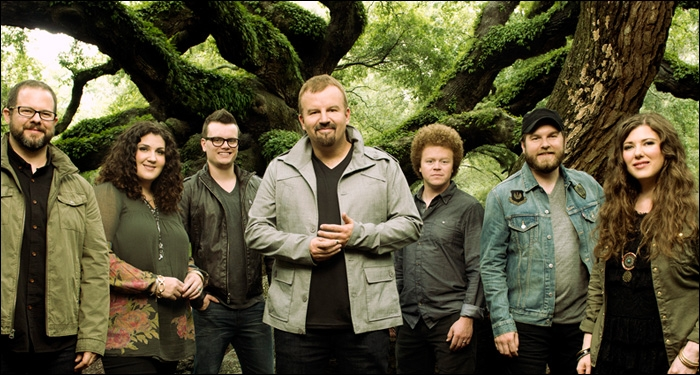 Casting Crowns Partners With Cracker Barrel