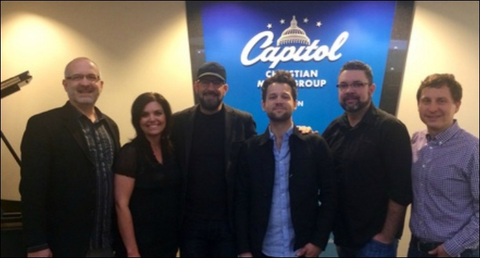 Chris Stevens Signs Long-Term Deal With Capitol CMG Publishing