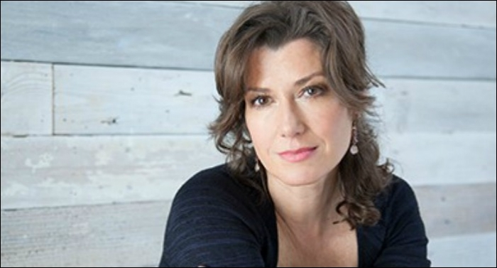Amy Grant's Be Still And Know Hymns & Faith Releases Today To Media Praise