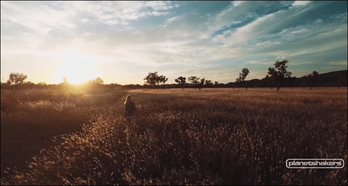 Planetshakers' Outback Worship Sessions Tops International Charts