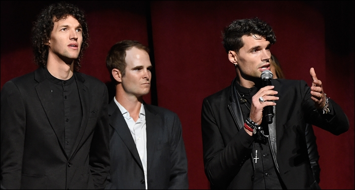 for KING & COUNTRY Takes Home Top Honors at Unforgettable 2015 KLOVE Awards
