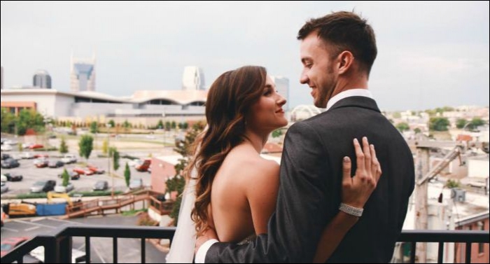 Carmen Of 1 Girl Nation Gets Married ; Sidewalk Prophets' Dave Sings At Reception