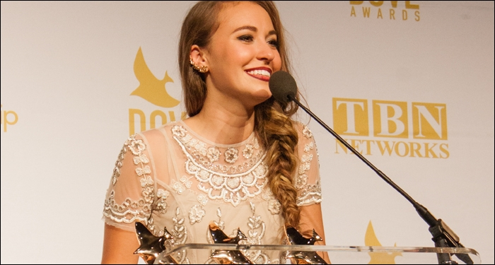 Lauren Daigle, Lecrae and for KING & COUNTRY Among Top Honorees at 46th Annual Dove Awards