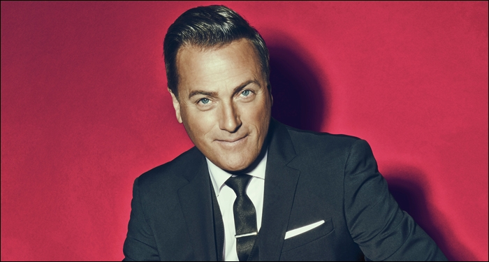 Cracker Barrel Partners With Michael W. Smith to Sponsor Nationwide Christmas Tour