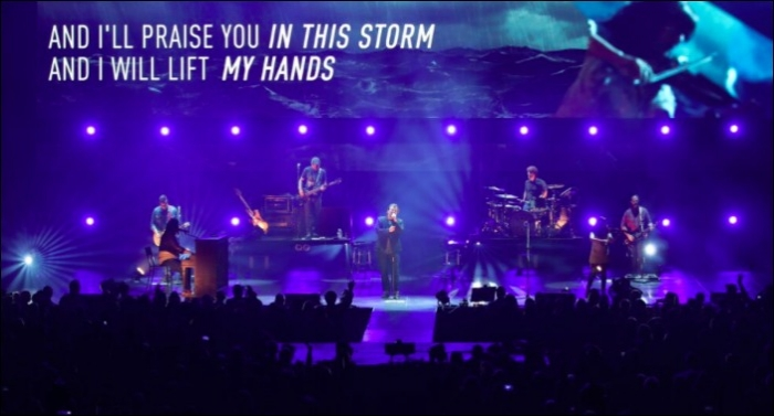 Casting Crowns Celebrates 11th No. 1 Radio Single With 'One Step Away'