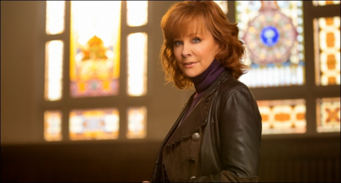 Reba McEntire Releases 'Sing It Now: Songs of Faith & Hope'