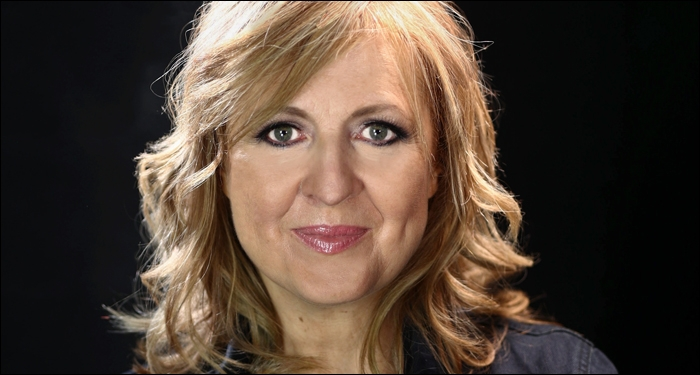 Darlene Zschech Releases 5 Star Acclaimed 'Here I Am Send Me'