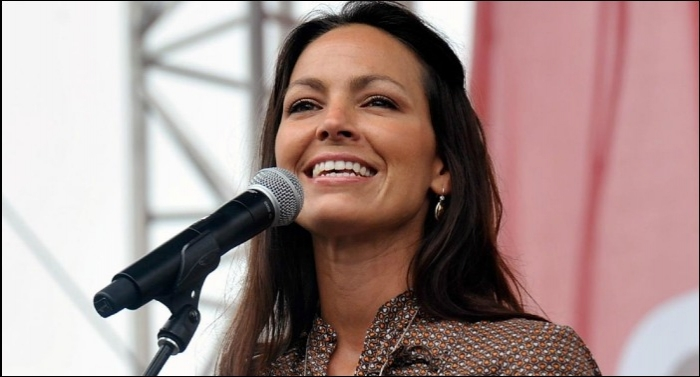 Joey Feek's Solo Debut 'If Not For You' To Release April 7