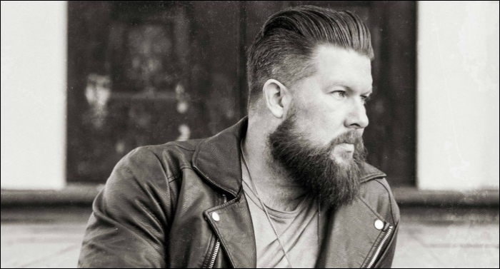 Zach Williams Releases 'Chain Breaker: Deluxe Edition'