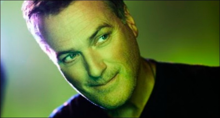 Michael W. Smith Announces 'Surrounded By A Million Lights' World Tour