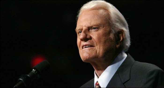 Christian Music Community Mourns the Loss of Reverend Billy Graham
