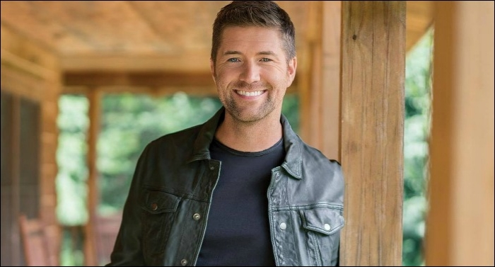 Country Artist Josh Turner Realizes a Dream with Forthcoming Album 'I Serve A Savior' October 26