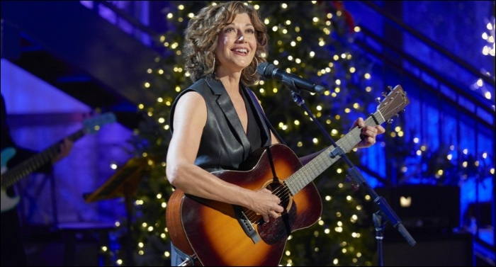 'Amy Grant's Tennessee Christmas - Presented By Hallmark Channel' to Air December 3
