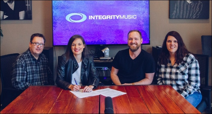Integrity Music Welcomes Worship Artist Sarah Kroger