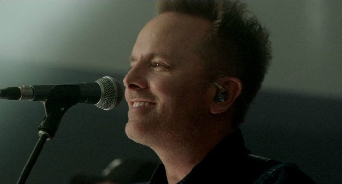 Chris Tomlin Releases Live Album 'Holy Roar: Live from Church'