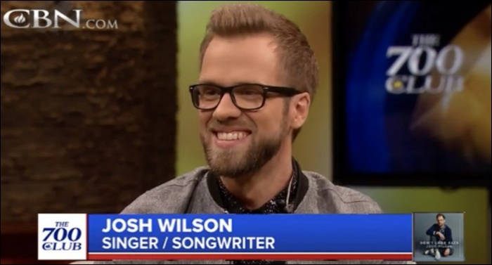 Josh Wilson Performs on CBN's 700 Club
