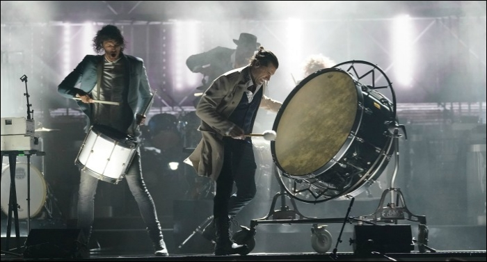 for King & Country Performs 'Little Drummer Boy' at 'CMA Country Christmas'