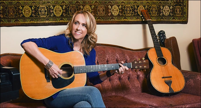 Carolyn Arends Celebrates 25 Years In Christian Music With Kickstarter Campaign