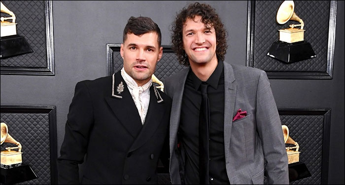 4x Grammy Award Winning Duo FOR KING & COUNTRY Releases Christmas Track