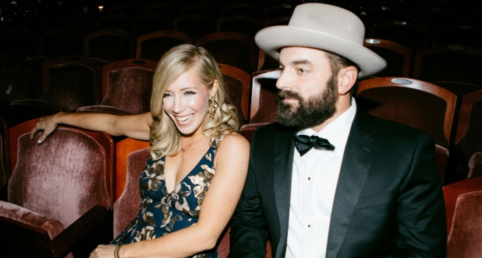 Drew and Ellie Holcomb Announce 2021 Christmas Tour