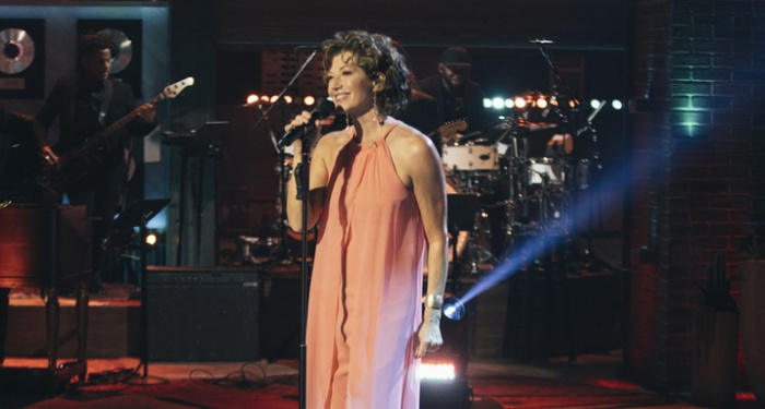 Amy Grant Performs on The Kelly Clarkson Show